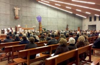 El arzobispo de Santiago presidirá una Vigilia de Oración por la Vida en Santiago